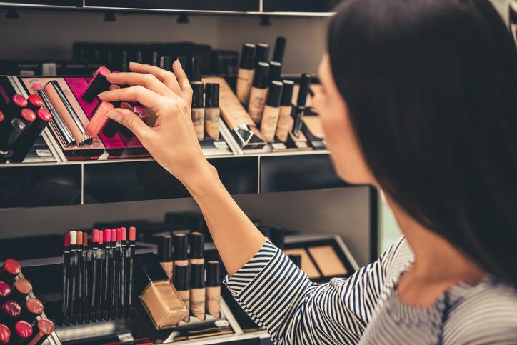 Machine learning to match beauty products