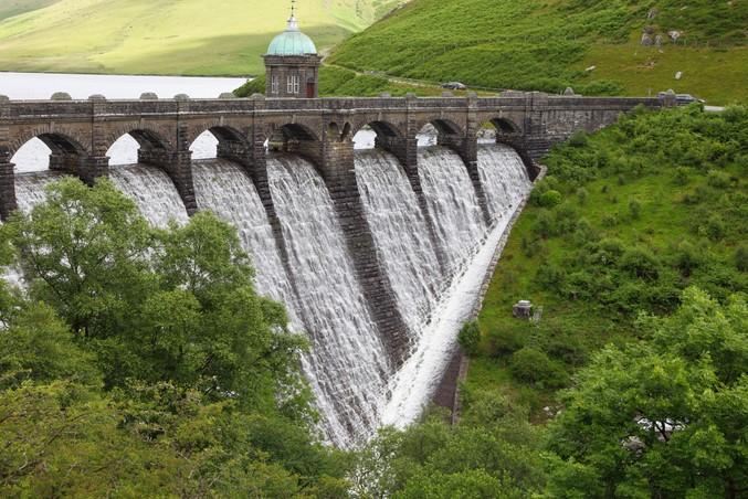 reservoir Wales clean energy.jpg