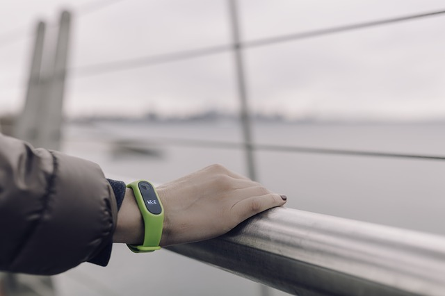 fitness tracker on wirst